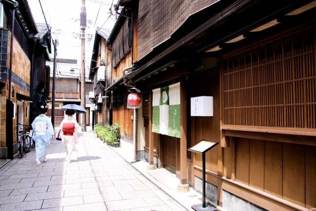 京都で舞妓さんを撮影する方法とマナーとは?体験施設も紹介